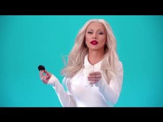 Oreo Dunk Challenge- Christina Aguilera's Start Treatment Dunk