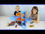 Машинки для детей Паркинг и Гараж для машинок Трек Трасса и Весёлое детское видео с Даником и Мамой