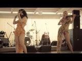 Дуэт Шериданс. Красивые девчата классно играют. YouTube