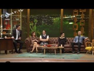 Vmusic.kz-Algı Eke Beyaz Show Bacak Frikik Video (04-51) FRİKİK WORLD