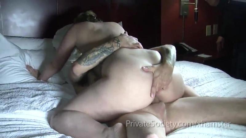 Жёстко трахает мать и кончает внутрь, milf bubble ass cum semen creampie mature mom wife honey (Инцест со зрелыми мамочками 18+)