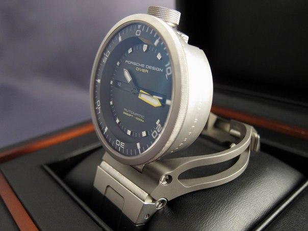 Стильные спортивные водонепроницаемые часы с уникальным дизайном!