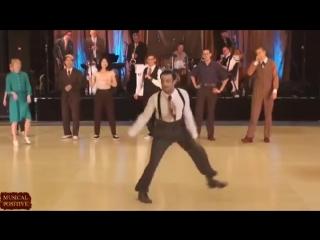 Танцуют все. НРАВИШЬСЯ МНЕ ТЫ! Вот это танец!