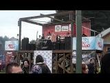 Фолк-рок на фестивале -D