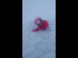 Алсу первый раз на катке 2017