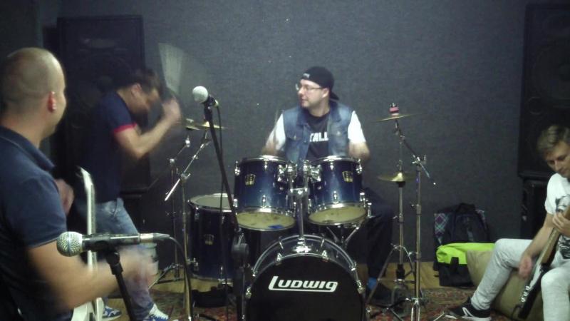 Metallica cover drum solo