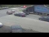 Пьяный дальнобойщик из Челябинска избил сотрудников ДПС