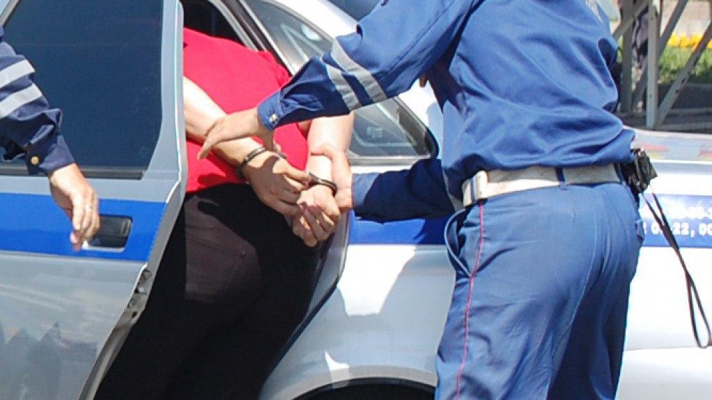 У жителя станицы Зеленчукской угнали автомобиль