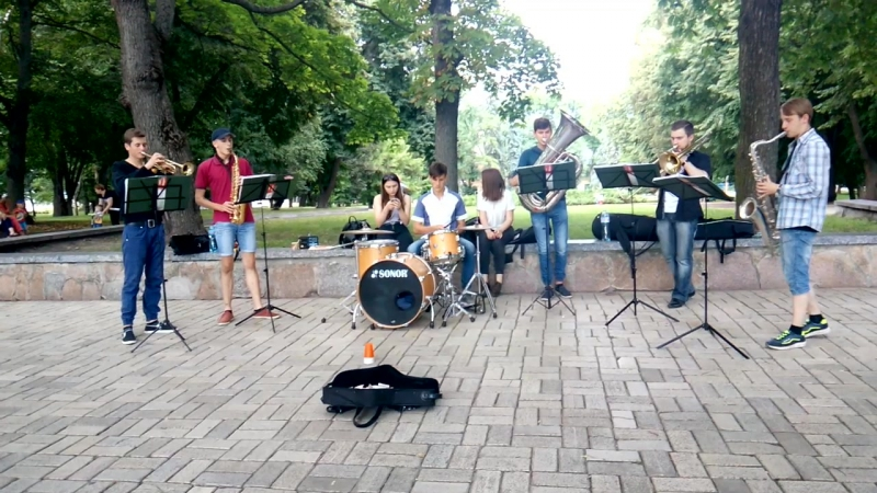 Madwinds Brass band - CoCo (Lucky Chops)