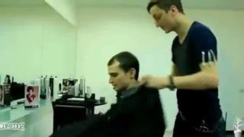 Наркоман Павлик 5 серия парикмахерская 00 02 16 00 05 28