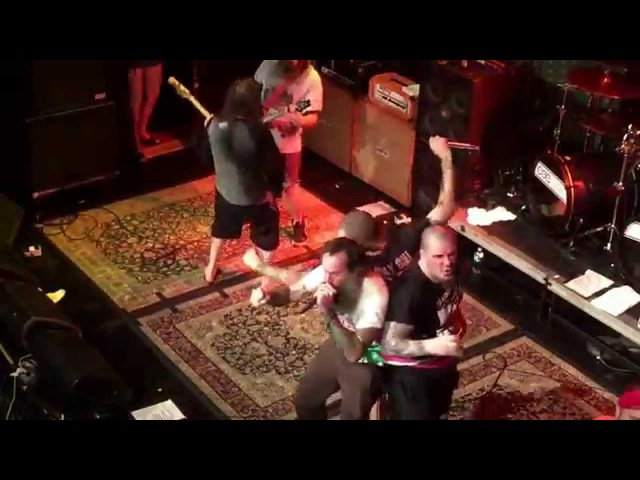 THE MOST BADASS SUPERJOINT RITUAL VIDEO FROM THE LAST SHOW OF THE IT TAKES GUTS TOUR IN NOLA