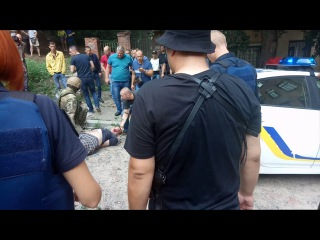 Подозреваемый в разбое выпрыгнул из окна (г. Харьков, 15.07.2017)