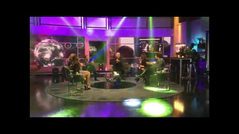 ¡Mirá el back de Natalia Oreiro cantando en Las puertitas del Sr. López!