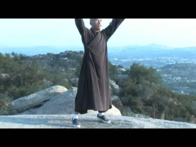 The Eight Movement Shaolin Qigong BaDuanJin - Thich Man Tue