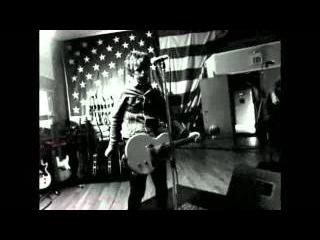 Green Day - Working Class Hero (Герой Рабочего Класса) [Official Music Video]