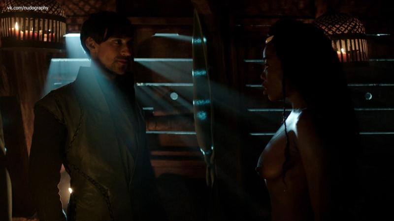 Эстелла Дэниелс (Estella Daniels) голая в сериале Демоны Да Винчи (Da Vinci's Demons, 2014) s02e02 (1080p)