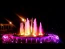г.Ишимбай, цветной фонтан, итальянская опера в динамиках городского парка.