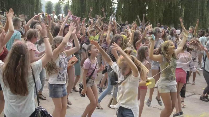 Despacito Ternopil Holi Fest 2017
