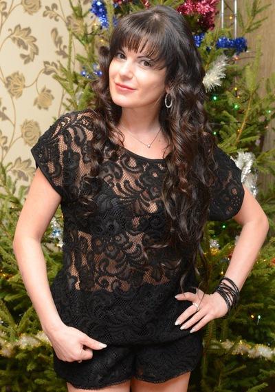 Аня Азанбаева