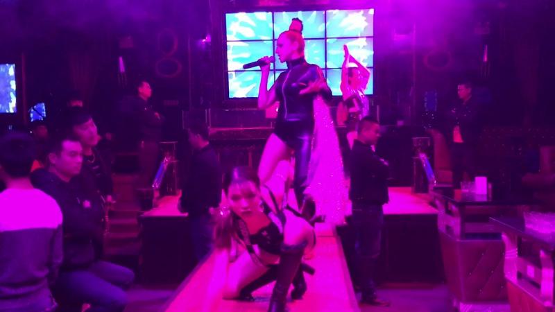 Show с танцорами, Гуанчжоу, Huadu, COCO bar, 2017
