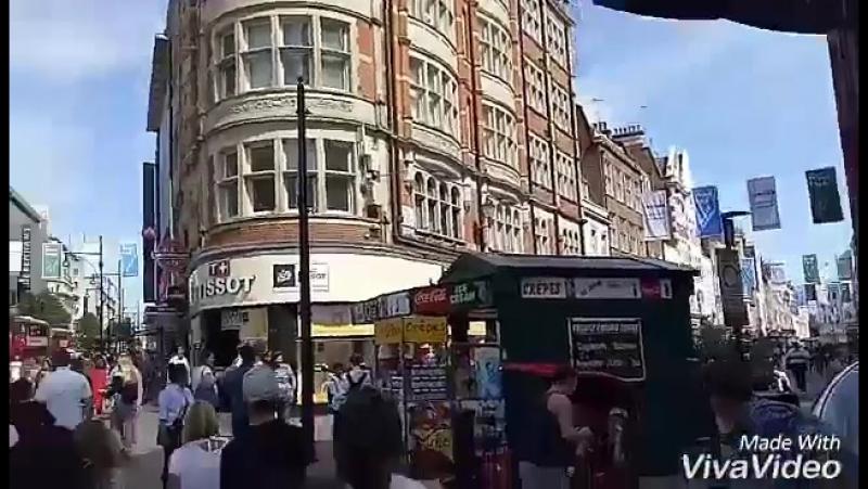 Di tengah kota.. Ramainye lah manusia 😯... Лондон 27.06.2017