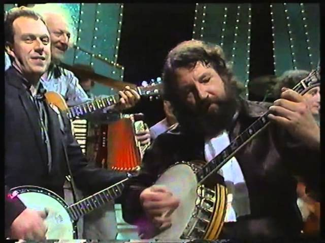 The Irish Rover - The Pogues The Dubliners