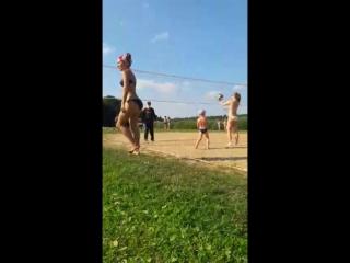 Пляжный волейбол)