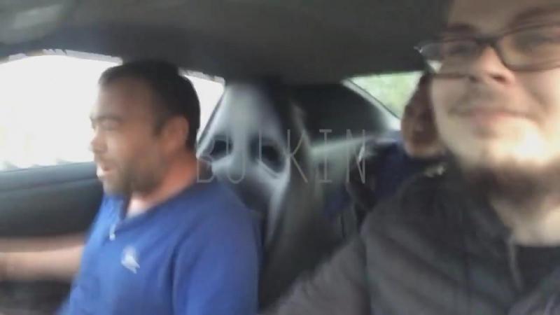 Димана прокатили на Nissan GT-R 300 км_ч. Заминированный тапок!