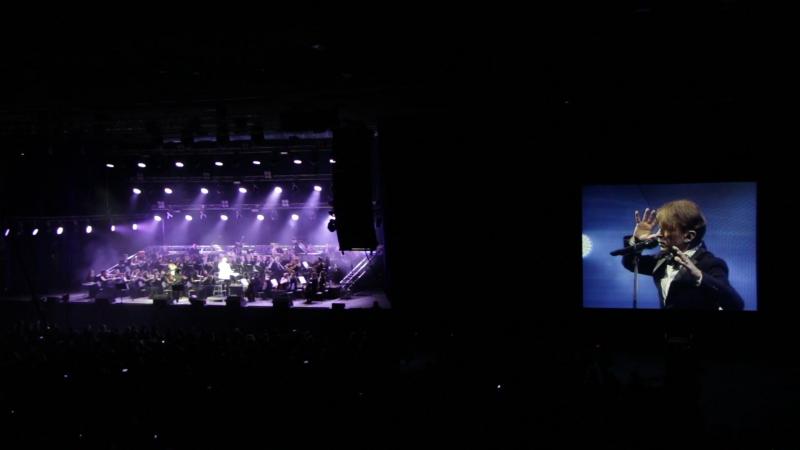 Би 2 с симфоническим оркестром. Челябинск 07.11.2016 Варвара