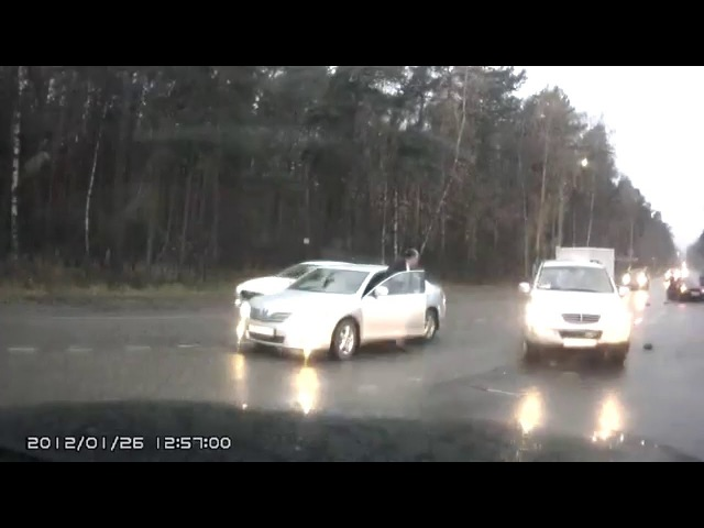 Авария жестокая у БМВ оторвало колесо