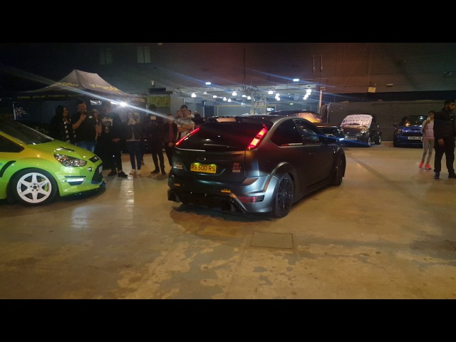 FWD Ford Focus Mk2 RS500 HUGE FLAMES