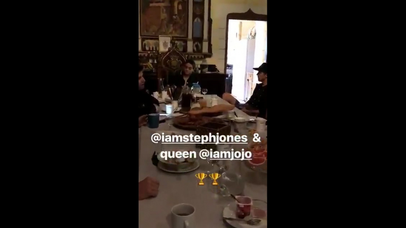 VIDEO via mynameisames instagram story @adamlambert having lunch at the ASCAP camp » Freewka.com - Смотреть онлайн в хорощем качестве