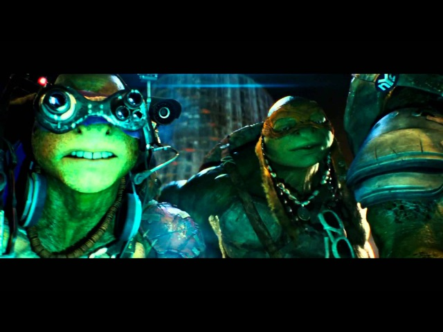TMNT (2014) Clip: April O'Neil meets the turtles (HD)