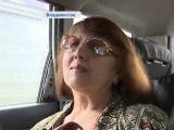 Таксист-поэт под творческим псевдонимом Уз Бек читает своим пассажирам в дороге стихи