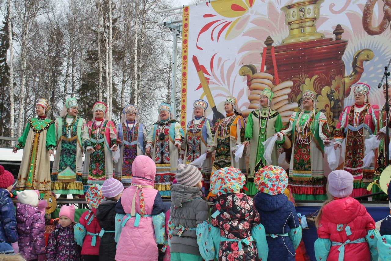 Как Новоуральск зиму проводил