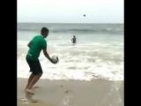 Отдых на море, когда твоя девушка - вратарь