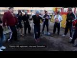 Ведущие Radio RECORD (Вечеринка гоп фм) . Промоакция у дома 105 по пр-ту Стачек СПб