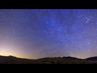 4K Kelso Dunes, Mojave National Preserve Time Lapse during the Geminid Meteor Shower