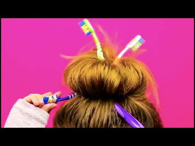15 INCREDIBLE HAIRSTYLES YOU CAN MAKE IN LESS THAN A MINUTE
