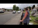 Проблема скоростного проезда на улице была решена после того, как эта бабушка начала использовать свой фен