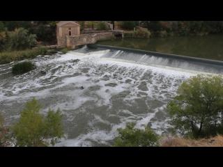 водопад в городе Толедо