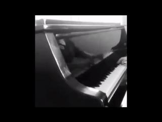 #Pianotime #LoveMusic #FavoriteMusic #ГородКоторогоНет 🎤🎤🎵🎵🎼🎼😍