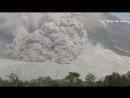 Извержение вулкана Синабунг и сход пирокластического потока Индонезия, 02.08.2017