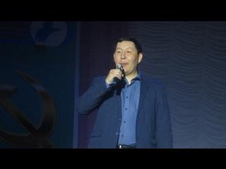 Песня мэра города Покровск Петра Гермогенова на концерте 23 марта 2017 года