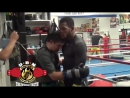 GOLOVKIN TEACHES SULLIVAN BARRERA HOW TO FIGHT IN CLINCH USE HEAD CONTROL ON THE INSIDE