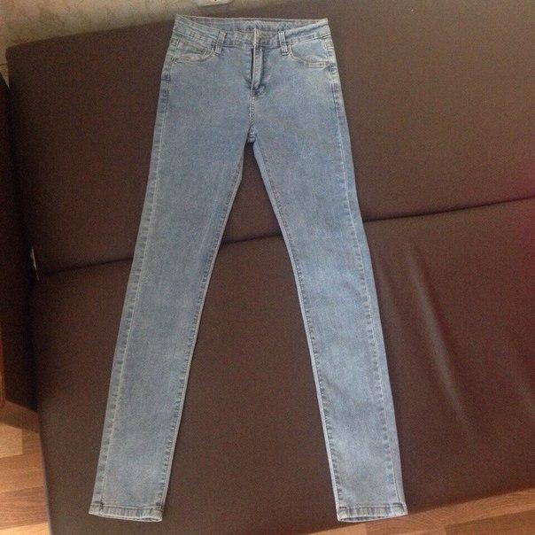 Продам джинсы. Никто их не носил, абсолютно новые. Размер 27. Цена 120