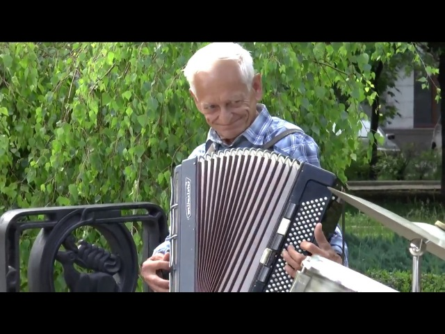 МИР ПОСРЕДИ ВОЙНЫ ► Донецкие уличные музыканты