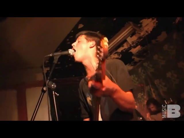 Wavves ft. Zach Hill - Side Yr On (Live at the Market Hotel)