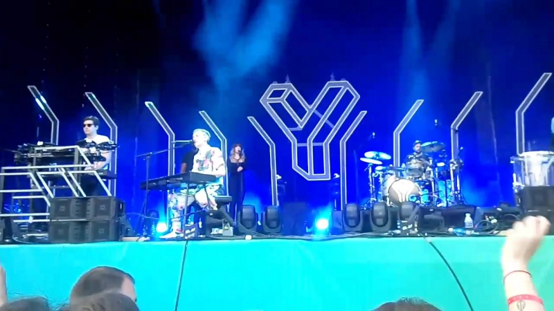 Years Years – Eyes Shut (Lastochka 2017 Live)