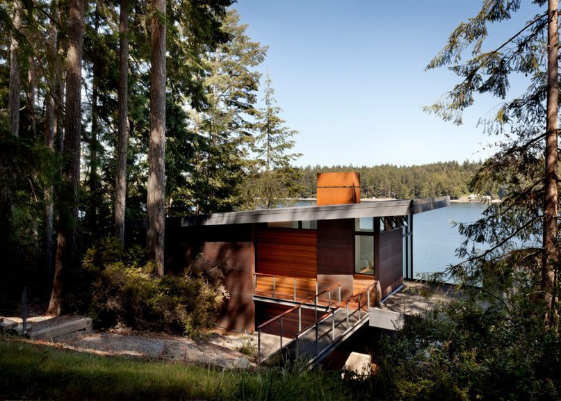 Waterfront home near Seattle is lifted on